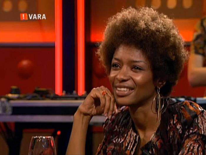 Oktober 2013: Sylvana Simons Bij DWDD (de Wereld Draait Door, VARA)